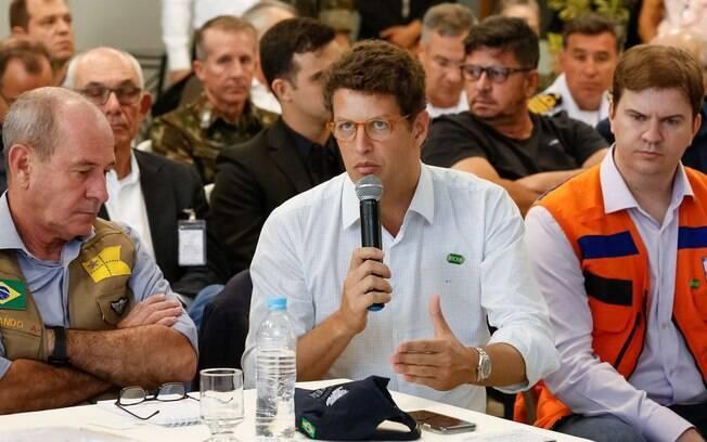 Ministro do Meio Ambiente, Ricardo Salles, fala sobre o rompimento da barragem em Brumadinho, em Minas Gerais