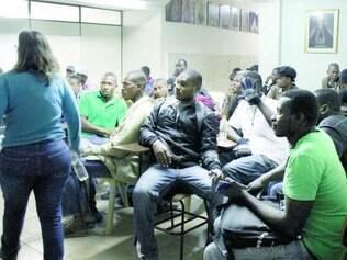 Perdidos. Os haitianos que vieram do Acre para São Paulo deixaram seu país após terremoto