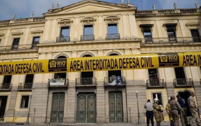 Após incêndio no Museu Nacional, é necessário começar do zero para recontar história da América Latina