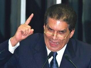 Jader Barbalho renunciou ao Senado para não perder mandato