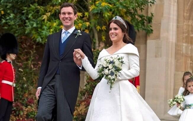 A princesa Eugene de York teve uma cerimônia digna dos casamentos dos famosos ao unir votos com Jack Brooksbank