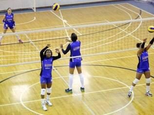 Equipe feminina do Minas treina de olho no Campeonato Mineiro