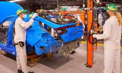 Honda começa a produzir novo Civic hatch nos Estados Unidos