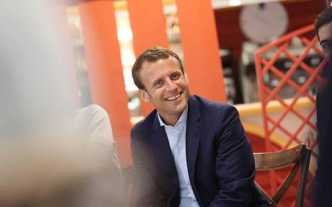Macron: candidato a presidência da França não está sendo investigado, mas sim as circunstâncias envolvendo a viagem