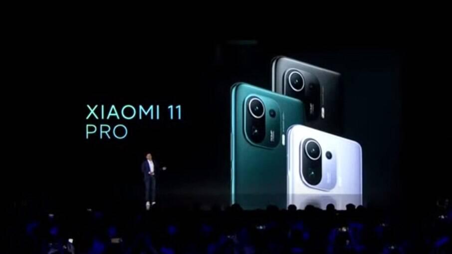 Xiaomi Mi 11 Pro foi lançado nesta segunda-feira (29)