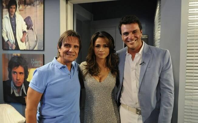 Roberto Carlos com os atores Nanda Costa (Morena) e Rodrigo Lombardi (Theo), protagonistas de