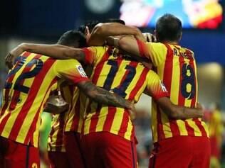 Barça usou um uniforme em homenagem à Catalunha, que busca o referendo para tentar a independência da Espanha