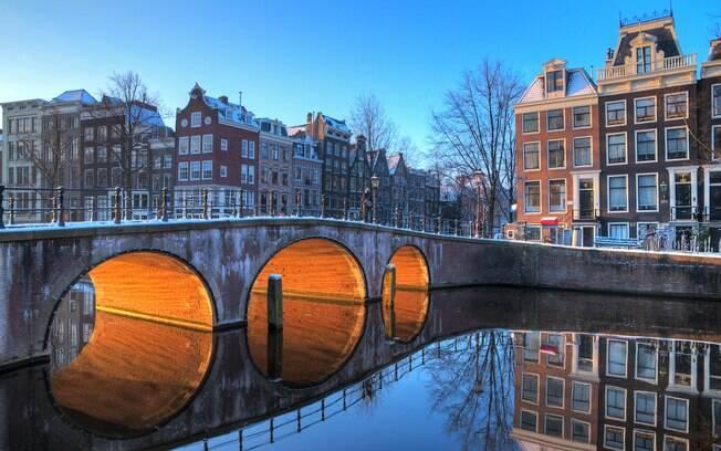 Lugares para viajar em janeiro: esqueça moinhos de vento e tulipas: no inverno, Amsterdã é a cidade da patinação no gelo