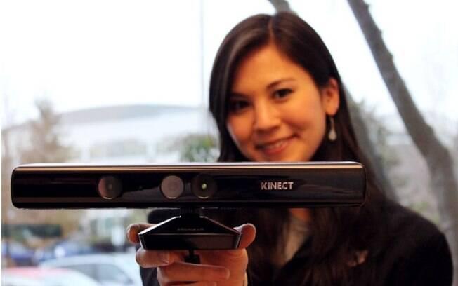 Kinect para Windows reconhece movimentos do usuário para controlar aplicativos instalados no PC