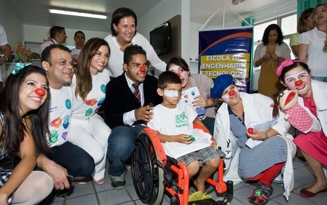 Maria Melilo brincou com os pacientes no Dia Mundial do Câncer