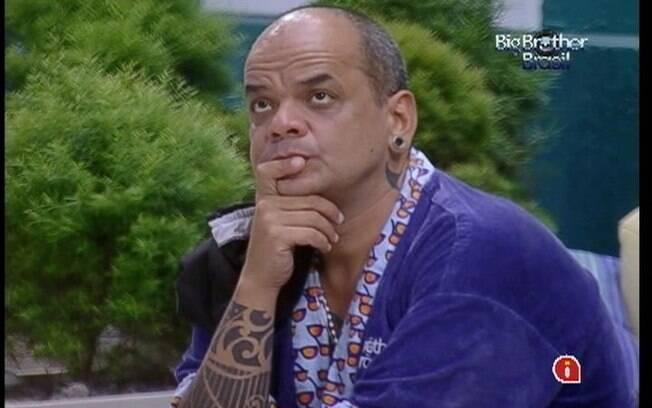João Carvalho não perdoa Jonas
