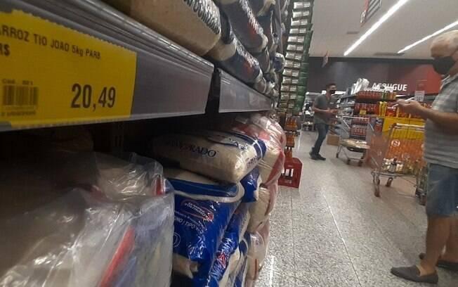 Toque de recolher em Campinas: mercado e padaria fecham às 20h