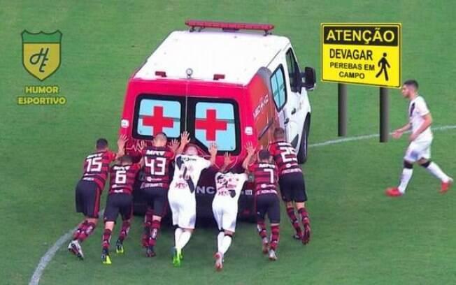 Jogadores de Vasco e Flamengo tiveram que empurrar a ambulância