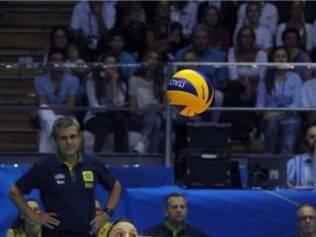 Líbero Camila Brait teve atuação destacada na partida deste domingo