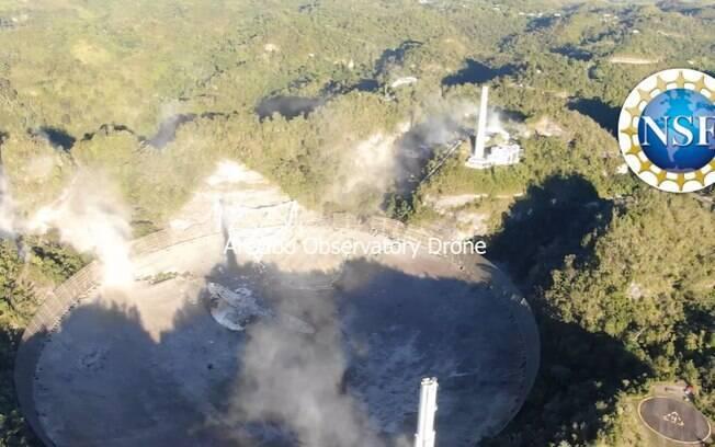 Vídeo mostra momento em que radiotelescópio de Arecibo desaba em Porto Rico