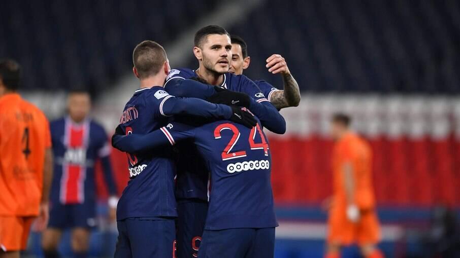 Barcelona e PSG se enfrentam nesta terça-feira (16) pela Champions League