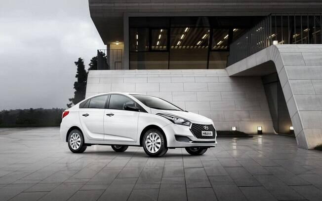 Hyundai HB20S Unique: você não está confundindo. O Nissan Versa também usa a nomenclatura de versão Unique