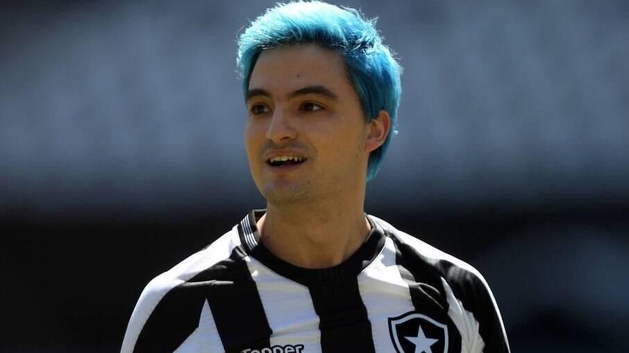 Felipe Neto critica atuação do Botafogo no Cariocão