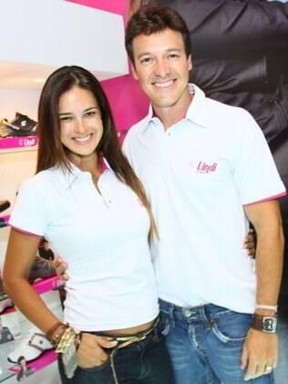 Rodrigo Faro ao lado de sua mulher, Vera Viel, no Couromoda
