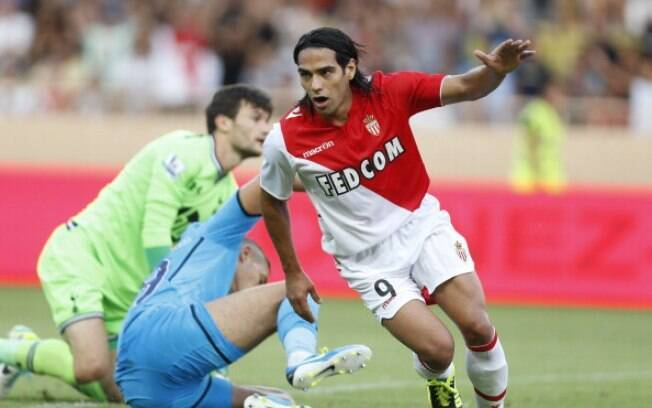 Falcao Garcia foi contratado pelo Monaco com  salário anual de 14 milhões de euros