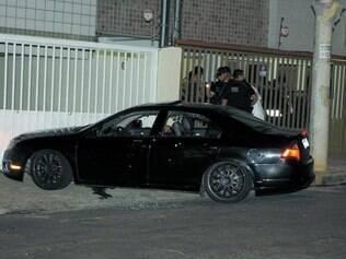 Violência. Criminosos encapuzados esperaram vítima chegar em casa para cometer o assassinato