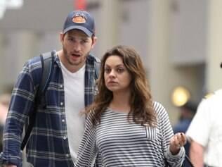 Mila Kunis e Ashton Kutcher aguardam o nascimento do primeiro filho