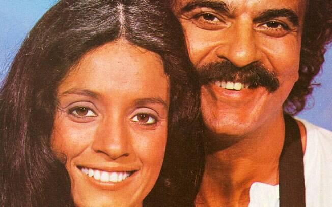 Sônia Braga e Armando Bógus em