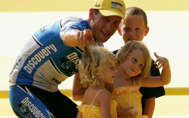 Aos 34 anos e com três filhos, ele faturou a  Volta da França pela sétima vez e se despediu da  competição