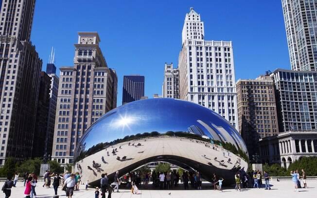 A Millenium Square é um dos pontos mais conhecidos de Chicago, e, no inverno, turistas e moradores podem patinar
