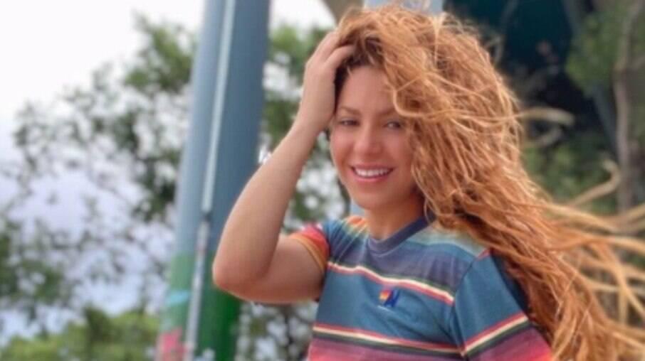 Shakira é atacada por javalis