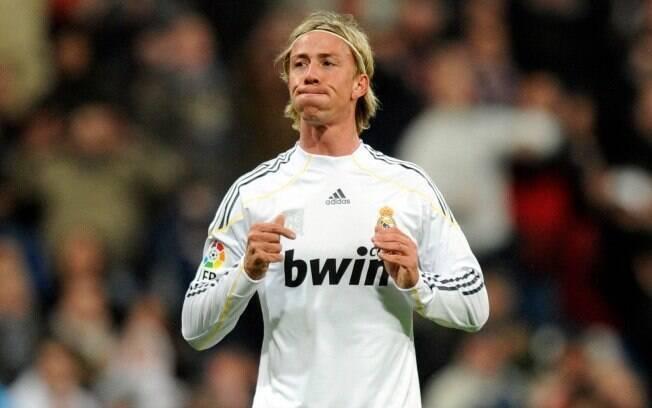Guti jogou no Real Madrid por 15 anos e hoje treina as categorias de base do clube