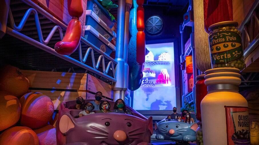 """Atração da Disney francesa, """"Ratatouille: L'Aventure Totalement Toquée de Rémy"""" chega ao EPCOT"""