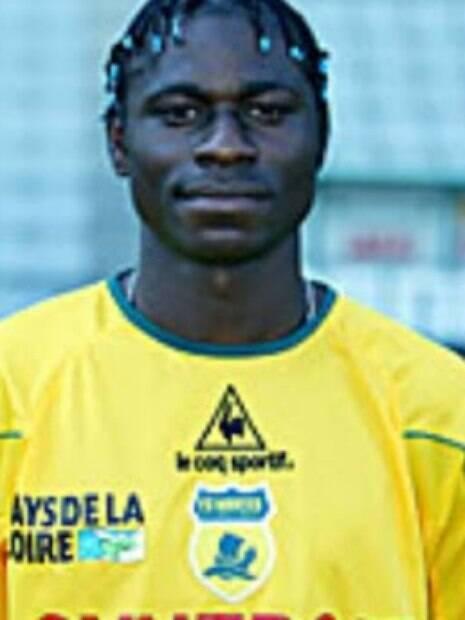 O ex-jogador acumulou passagens por FC Nantes, FC Gueugnon e Stade de Reims