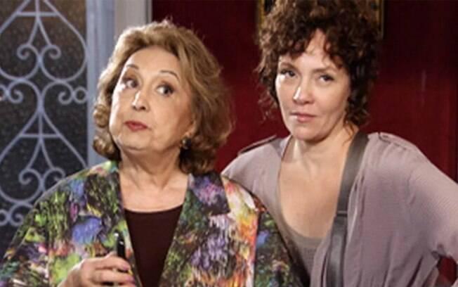 Íris mostra a foto da traição de René para Tereza Cristina