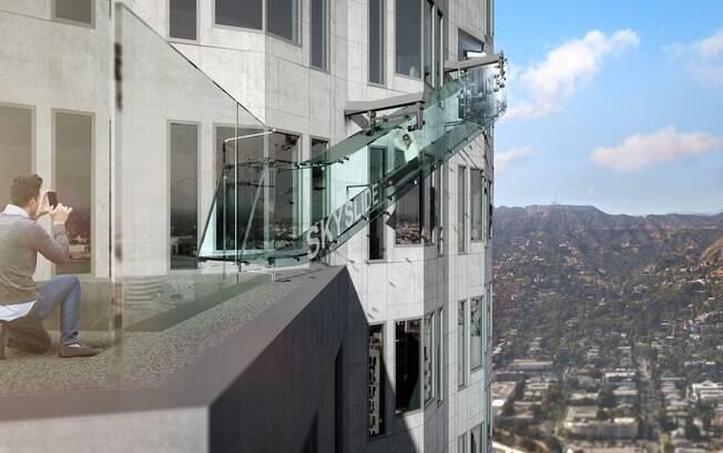O escorregador em Los Angeles está localizado a mais de 300 metros do solo
