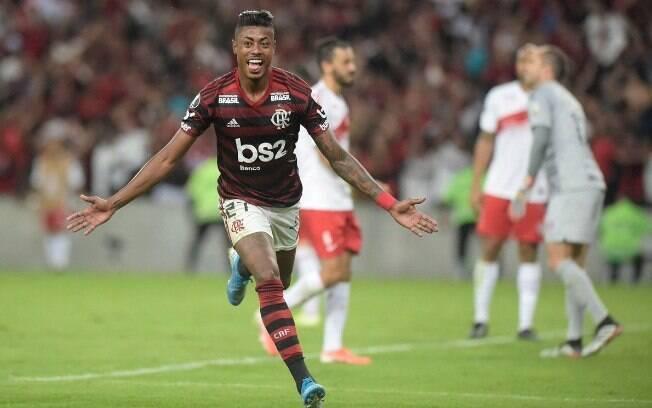 Bruno Henrique marcou os dois gols do Flamengo contra o Inter