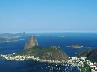 Clichê famoso. Vista da baía da Guanabara com o Pão de Açúcar
