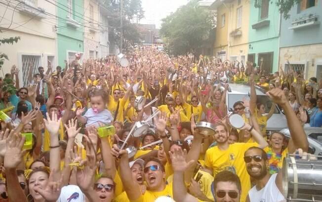 Marchinha do bloco Amigos da Vila Mariana relembra a tragédia em Mariana