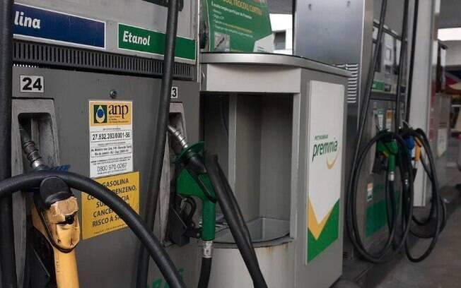 Petrobras reduz preços de gasolina e diesel nesta terça