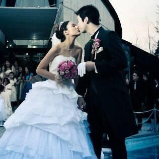 Em plena primavera japonesa o casal Daniel e Daniela fez cerimônia dos sonhos