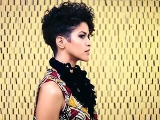 A cantora e compositora angola Aline Frazão é apaixonada pela música popular brasileira