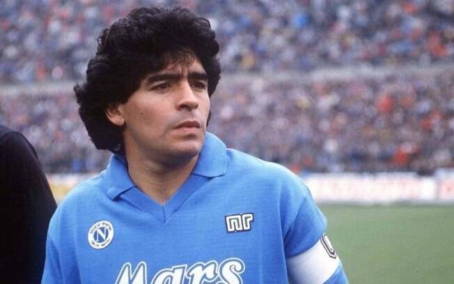 Maradona poderia ter vestido a camisa da Portuguesa
