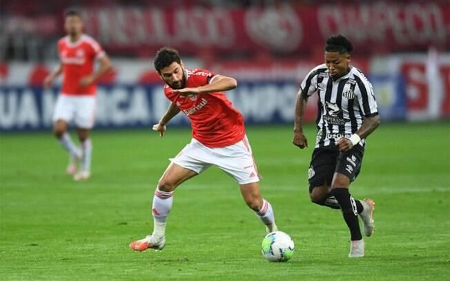 Santos pede adiamento para duelo contra o Inter, mas enxerga a possibilidade remota