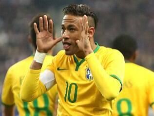 Brasil bate França e vinga Dunga