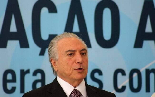 Michel Temer: o vice-presidente se rebelou e criticou Dilma nas redes sociais