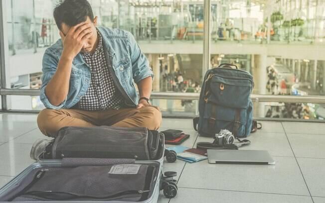 Após perder a carteira em um voo, o homem não esperava que fosse recebê-la de volta – e junto com uma surpresa