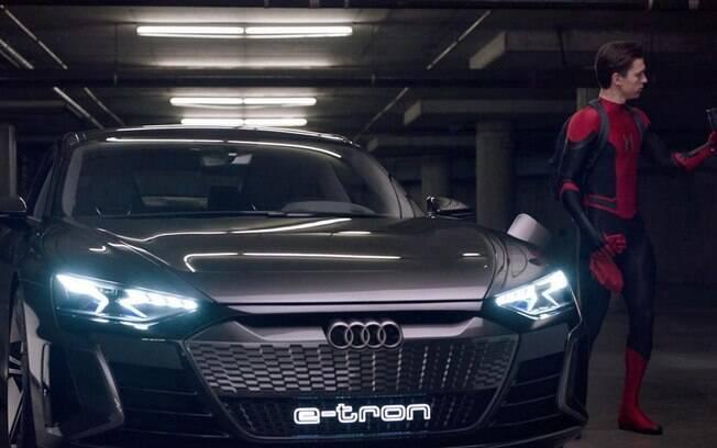 Além de ser o carro do Homem de Ferro, o Audi e-Tron GT também aparece no filme do Homem-Aranha