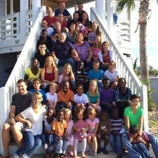 Jeane e Paul Briggs têm 34 filhos ─ 29 dos quais adotados de outros países incluindo México, Gana e Ucrânia