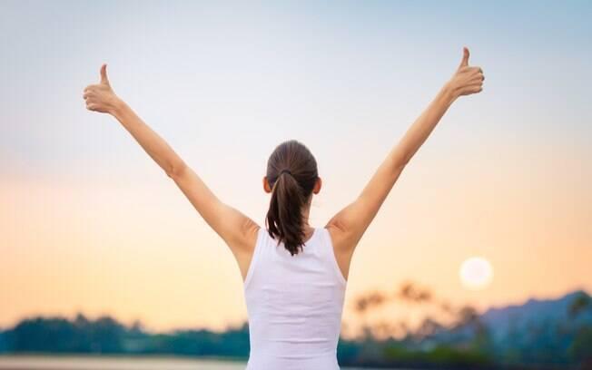 Saiba a importância de combinar a vitamina D e o cálcio na saúde da mulher