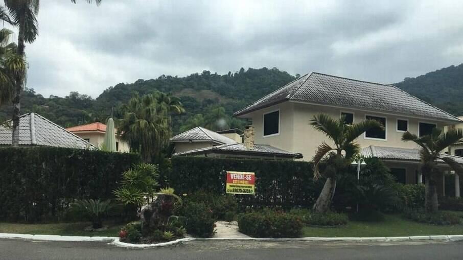 Casa de Jairinho continua à venda